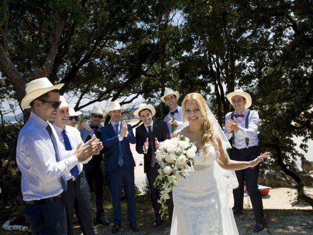 La boda de Javier y Clebia en Isla, Cantabria 21