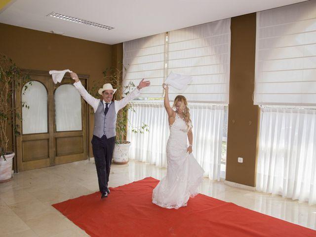 La boda de Javier y Clebia en Isla, Cantabria 22