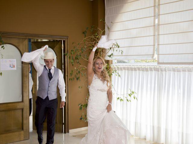 La boda de Javier y Clebia en Isla, Cantabria 23