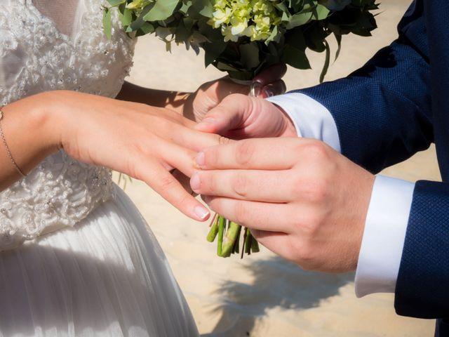 La boda de Javi y Fanny en Bueu (Resto Parroquia), Pontevedra 10