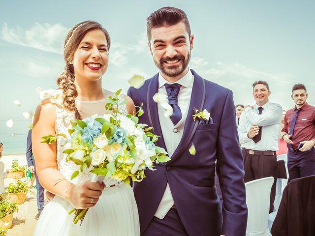 La boda de Javi y Fanny en Bueu (Resto Parroquia), Pontevedra 11
