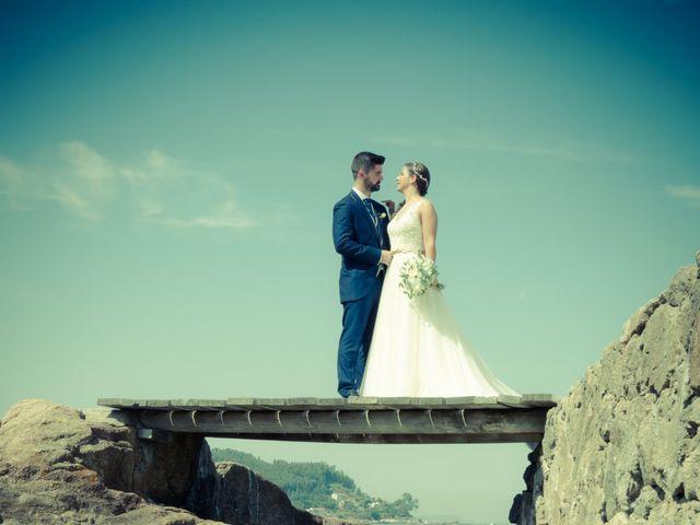 La boda de Javi y Fanny en Bueu (Resto Parroquia), Pontevedra 15