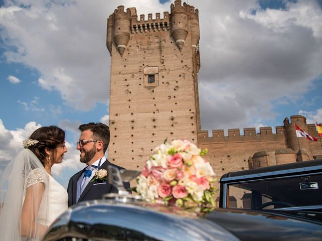 La boda de Agustín y Belén en Pedrajas De San Esteban, Valladolid 40
