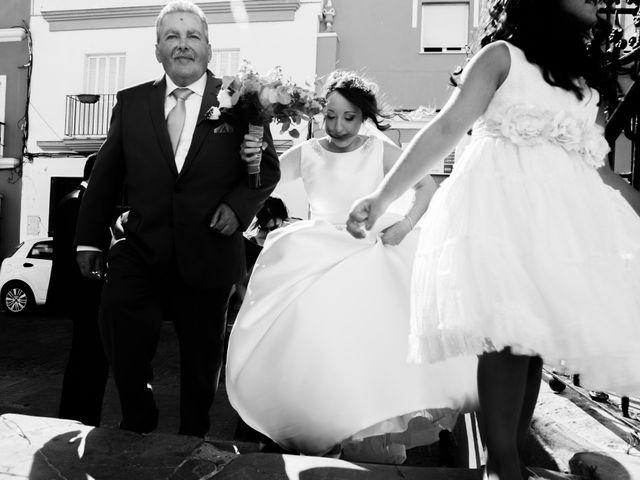 La boda de Fernando y Mónica en Puerto Real, Cádiz 20