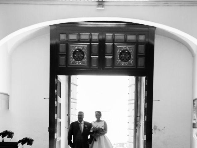 La boda de Fernando y Mónica en Puerto Real, Cádiz 21
