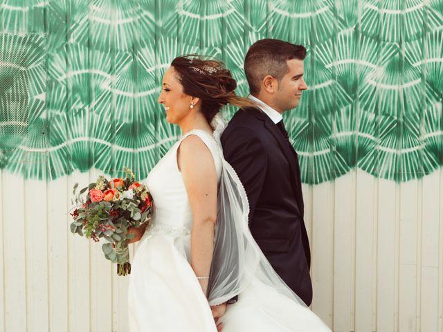 La boda de Fernando y Mónica en Puerto Real, Cádiz 30