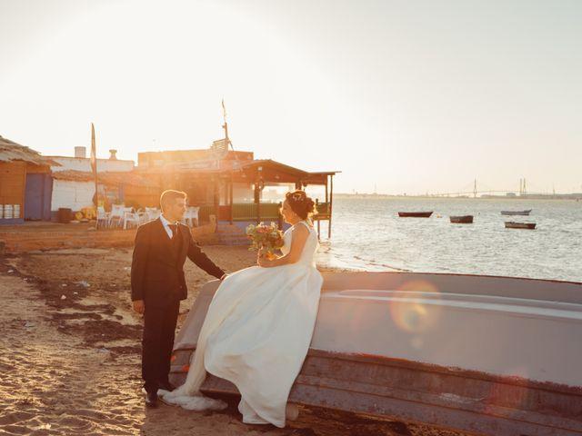 La boda de Fernando y Mónica en Puerto Real, Cádiz 35