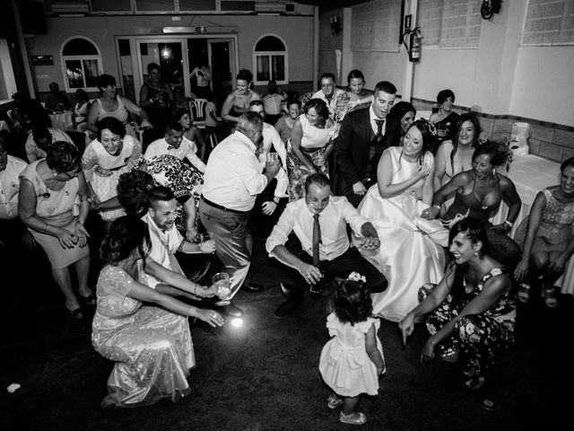 La boda de Fernando y Mónica en Puerto Real, Cádiz 56