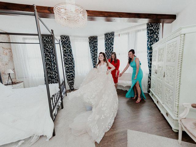 La boda de Aarón y Virginia en Laxe, A Coruña 49