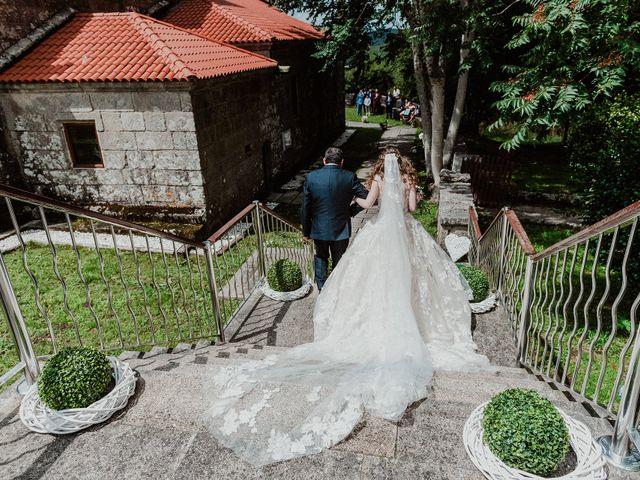 La boda de Aarón y Virginia en Laxe, A Coruña 52