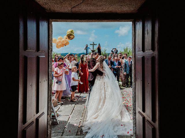 La boda de Aarón y Virginia en Laxe, A Coruña 60