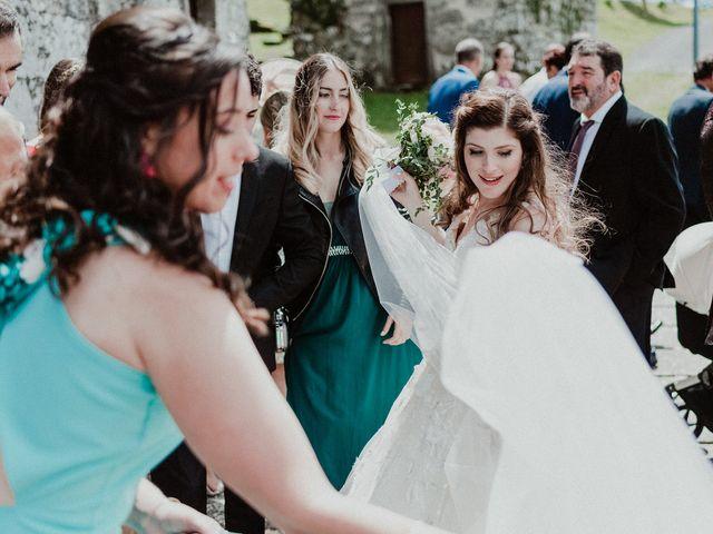 La boda de Aarón y Virginia en Laxe, A Coruña 62