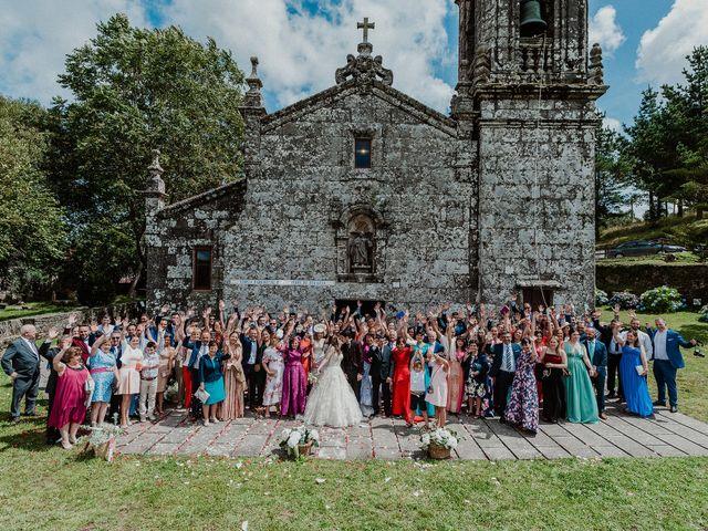 La boda de Aarón y Virginia en Laxe, A Coruña 63