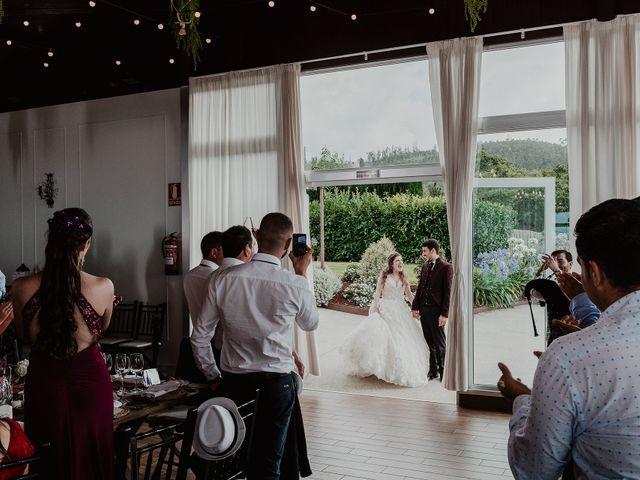 La boda de Aarón y Virginia en Laxe, A Coruña 80
