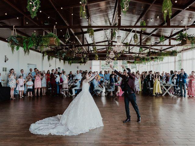 La boda de Aarón y Virginia en Laxe, A Coruña 81