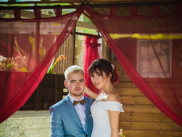 La boda de Vicente y Lai en Chiva, Valencia 31