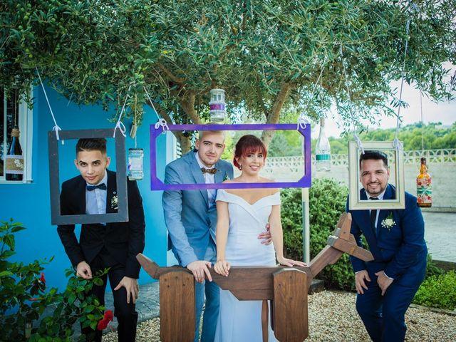 La boda de Vicente y Lai en Chiva, Valencia 32