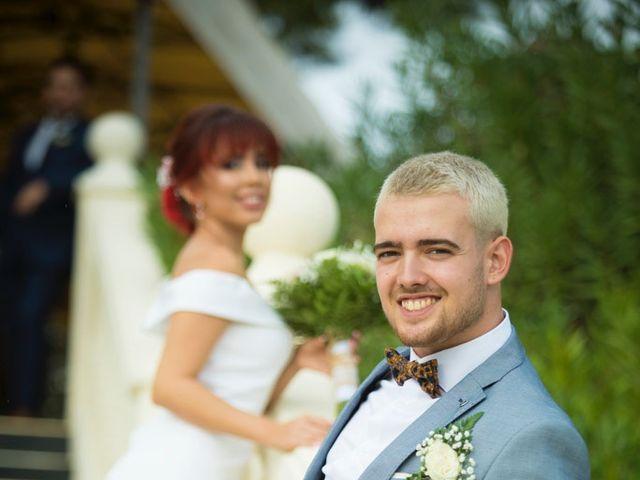 La boda de Vicente y Lai en Chiva, Valencia 45