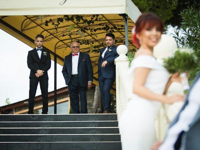 La boda de Vicente y Lai en Chiva, Valencia 46