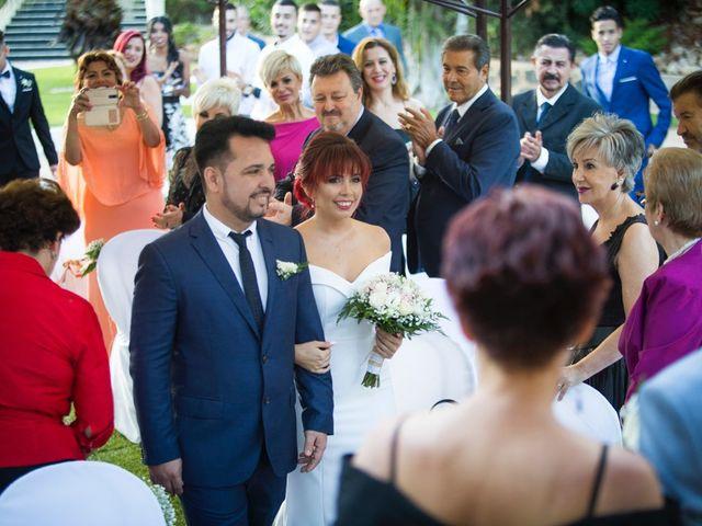 La boda de Vicente y Lai en Chiva, Valencia 68