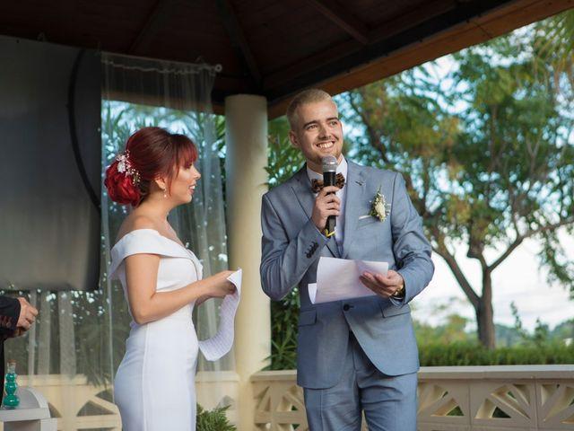 La boda de Vicente y Lai en Chiva, Valencia 74