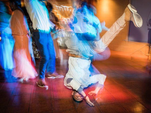 La boda de Vicente y Lai en Chiva, Valencia 122