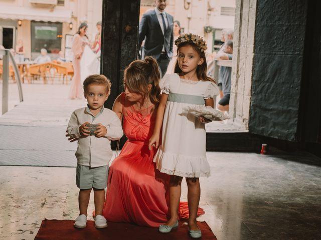 La boda de Beni y Noemi en Alacant/alicante, Alicante 32