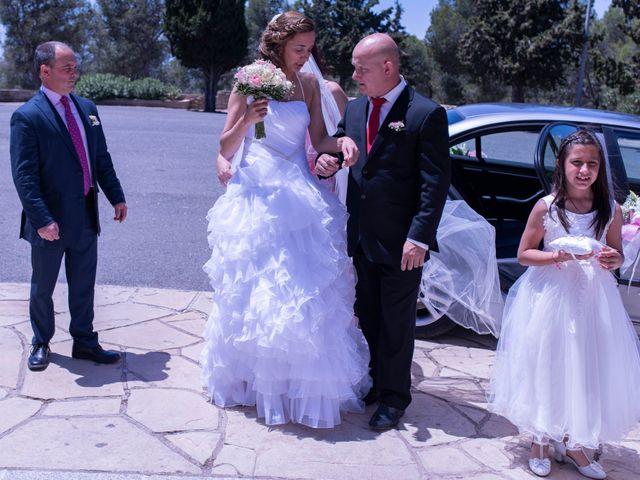 La boda de Hugo y Mari Carmen en Alcover, Tarragona 23