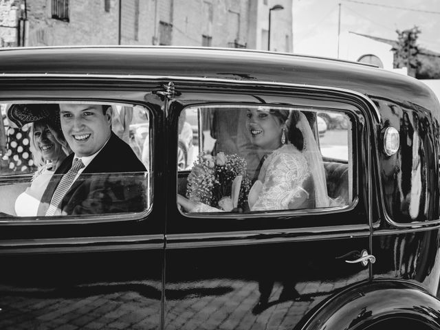 La boda de Mikel y Paqui en Calahorra, La Rioja 33