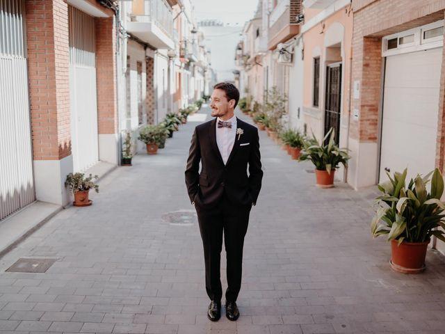 La boda de David y Alba en Valencia, Valencia 15