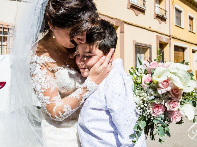 La boda de Manuel y Teresa  en Membrilla, Ciudad Real 18