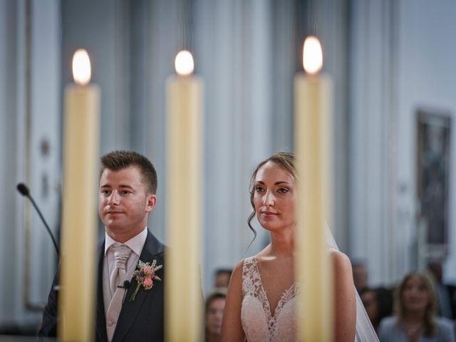 La boda de Javier y Miriam en Burriana, Castellón 28