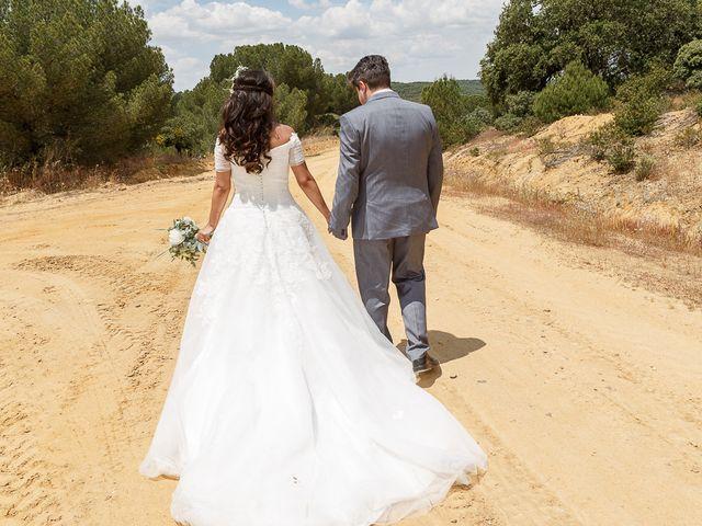 La boda de David y Mary en Monte La Reina, Zamora 43