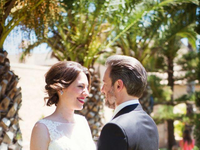 La boda de Tomás y Verónica en Valencia, Valencia 33