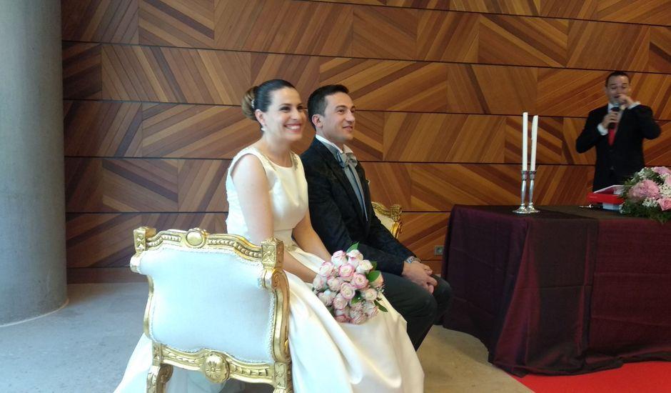 La boda de Fernando y Isabel en Zaragoza, Zaragoza