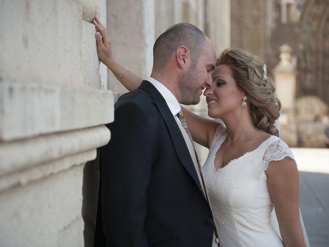 La boda de Rubén y Myriam en Sevilla, Sevilla 13