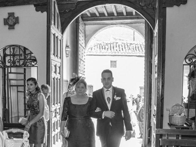 La boda de Jose Carlos y Beatriz en Mocejon, Toledo 23