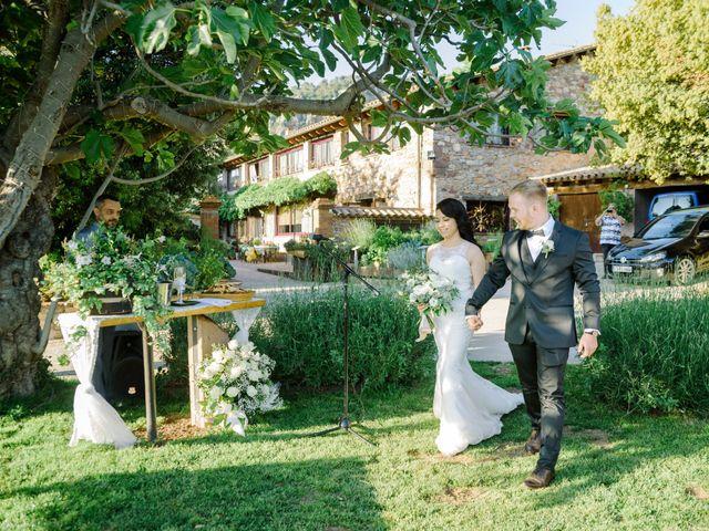 La boda de Eugeniy y Isabel en Barcelona, Barcelona 64