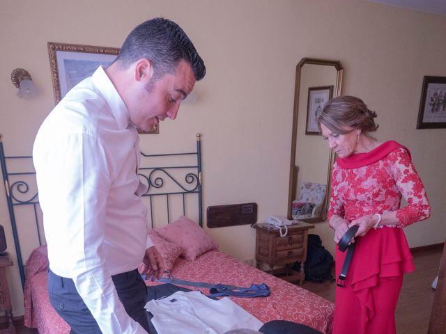 La boda de Dani y Mariana en Naveces, Asturias 6