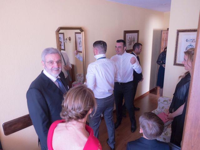 La boda de Dani y Mariana en Naveces, Asturias 9