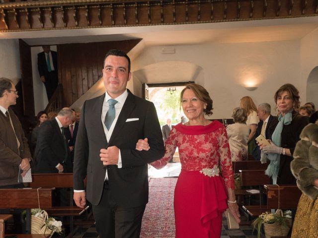 La boda de Dani y Mariana en Naveces, Asturias 16