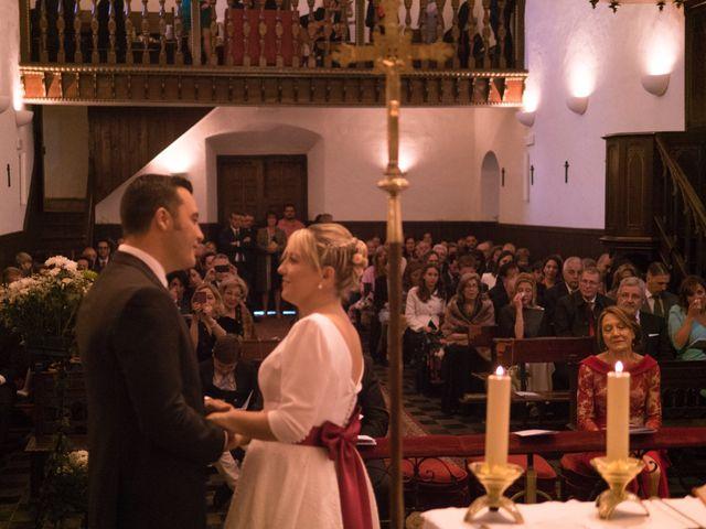 La boda de Dani y Mariana en Naveces, Asturias 22
