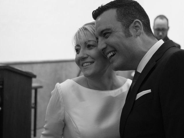 La boda de Dani y Mariana en Naveces, Asturias 25