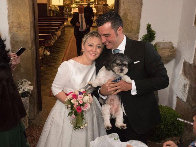 La boda de Dani y Mariana en Naveces, Asturias 28