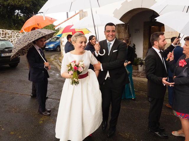 La boda de Dani y Mariana en Naveces, Asturias 30