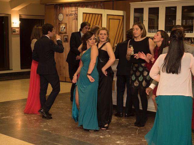 La boda de Dani y Mariana en Naveces, Asturias 51