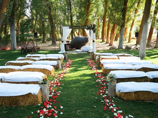 La boda de Javi y Esther en Saelices, Cuenca 2