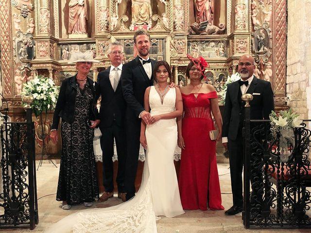 La boda de Fredinand y Ninoshka en Altafulla, Tarragona 24