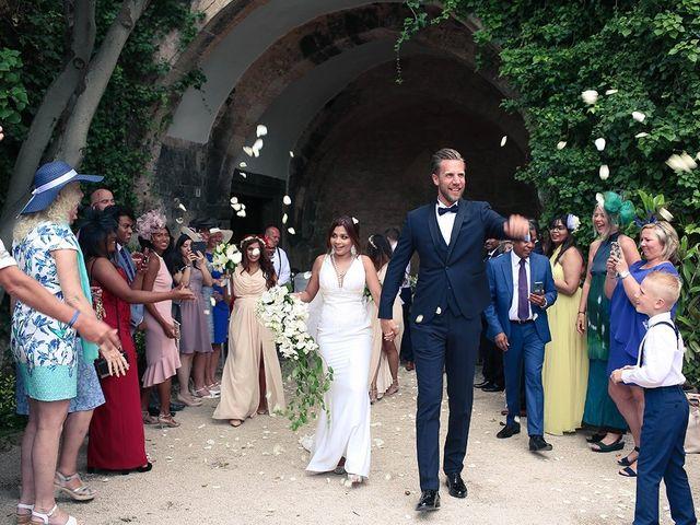 La boda de Fredinand y Ninoshka en Altafulla, Tarragona 26