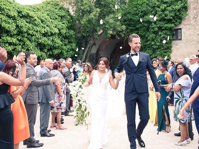 La boda de Fredinand y Ninoshka en Altafulla, Tarragona 27
